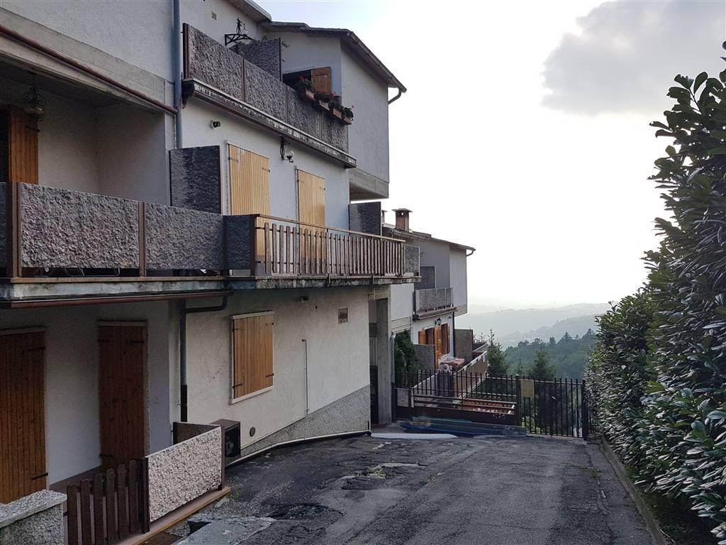 Appartamento in vendita a Erbezzo, 3 locali, prezzo € 62.000 | CambioCasa.it
