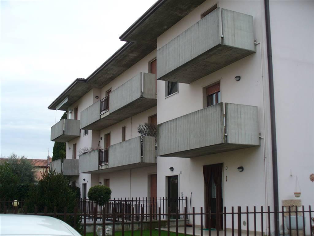 Appartamento in affitto a Povegliano Veronese, 4 locali, prezzo € 570 | CambioCasa.it
