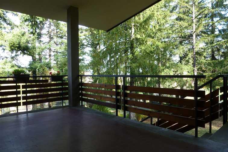 Casa in vendita e affitto in emilia romagna su for Piani di casa con portici schermati e sunrooms