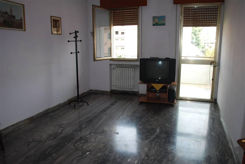 Appartamento in affitto a Venezia, 6 locali, zona Zona: 11 . Mestre, prezzo € 550 | Cambio Casa.it
