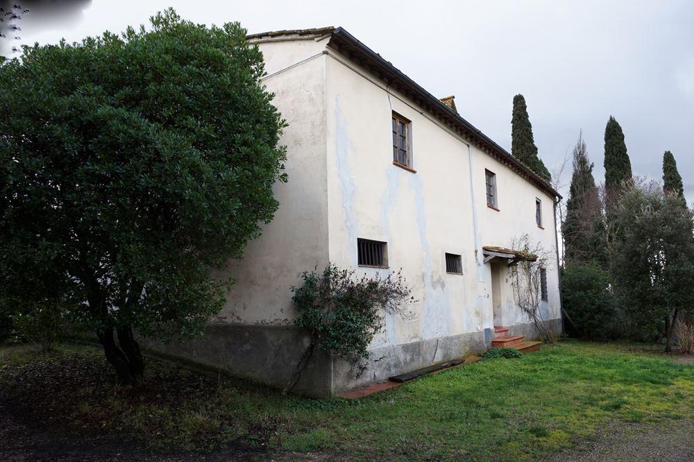 Casa montespertoli cerca case a montespertoli for Case in vendita montespertoli