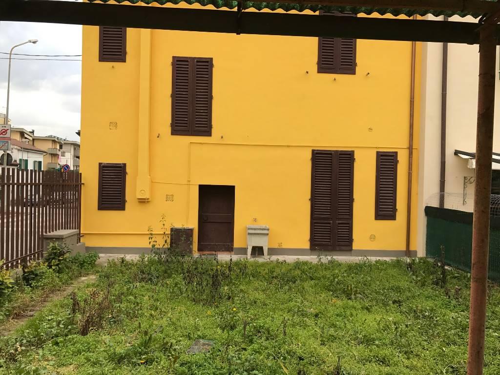 B 283-9488 Terratetto a CERTALDO