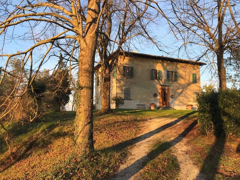 1159b Villa in FUCECCHIO
