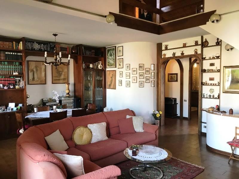 1227 Appartamento a CERTALDO