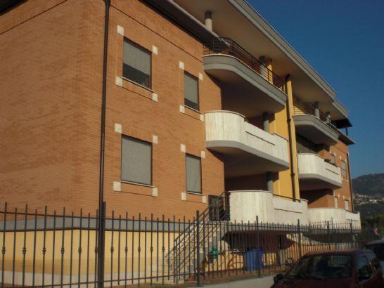 Affitto Appartamento SERMONETA - BIVIO DOGANELLA