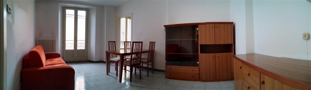Appartamento in affitto a Lecco, 2 locali, zona Zona: Centro, prezzo € 600 | Cambio Casa.it