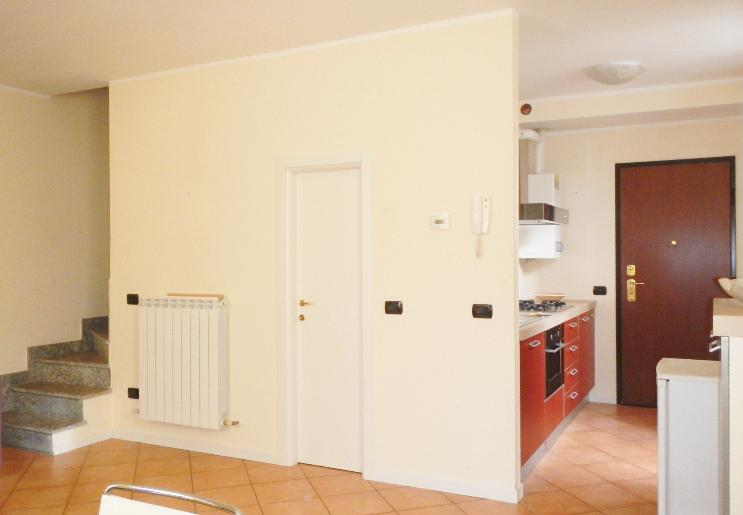 Appartamento vendita OLGINATE (LC) - 2 LOCALI - 60 MQ