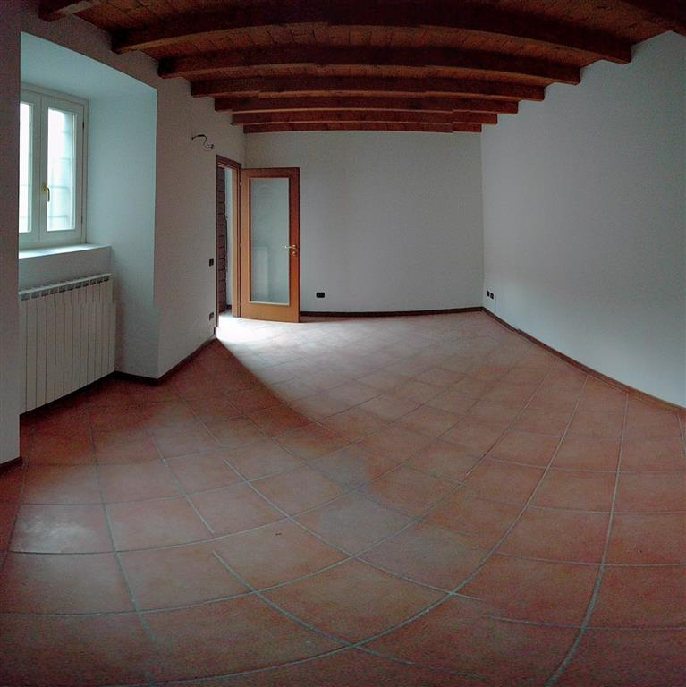 Ufficio / Studio in affitto a Garlate, 3 locali, prezzo € 340 | CambioCasa.it