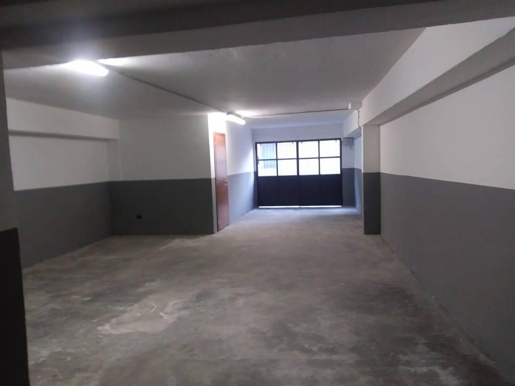 magazzino-deposito  in Affitto a Calolziocorte