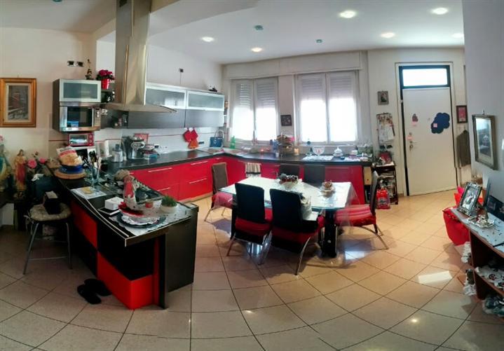 Soluzione Indipendente in vendita a Vercurago, 4 locali, prezzo € 212.000 | CambioCasa.it