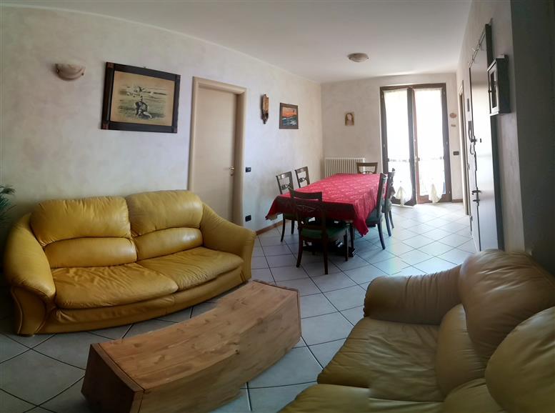 Soluzione Indipendente in vendita a Calolziocorte, 3 locali, zona Zona: Calolzio Casale, prezzo € 98.000 | Cambio Casa.it