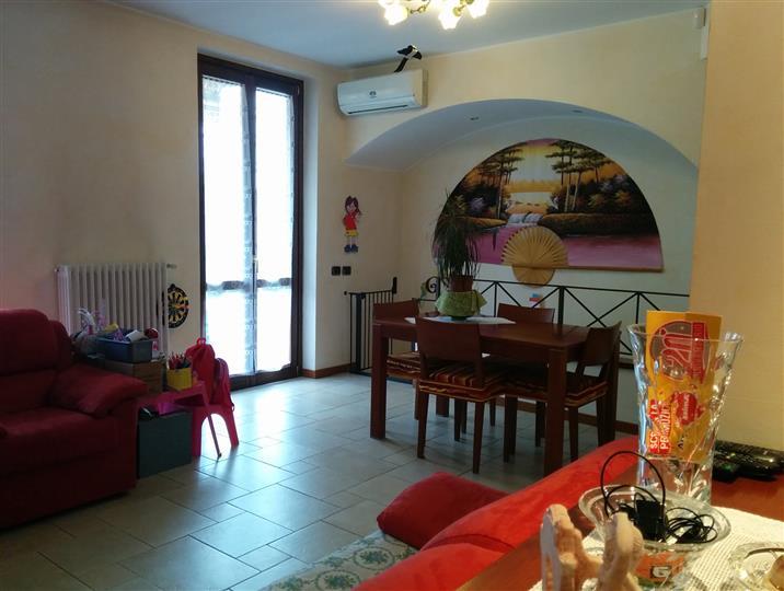 Villa Bifamiliare in Vendita a Caprino Bergamasco
