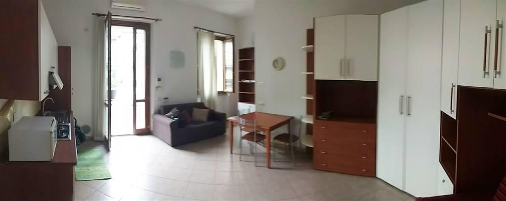 Soluzione Indipendente in affitto a Lecco, 1 locali, zona Zona: Centro, prezzo € 400 | Cambio Casa.it