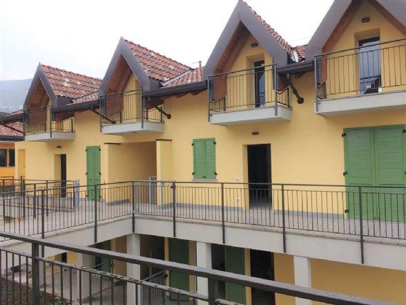 Soluzione Indipendente in vendita a Calolziocorte, 3 locali, zona Zona: Foppenico, prezzo € 190.000 | Cambio Casa.it