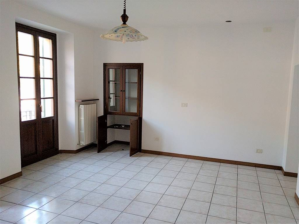 Soluzione Indipendente in affitto a Monte Marenzo, 2 locali, prezzo € 300 | CambioCasa.it