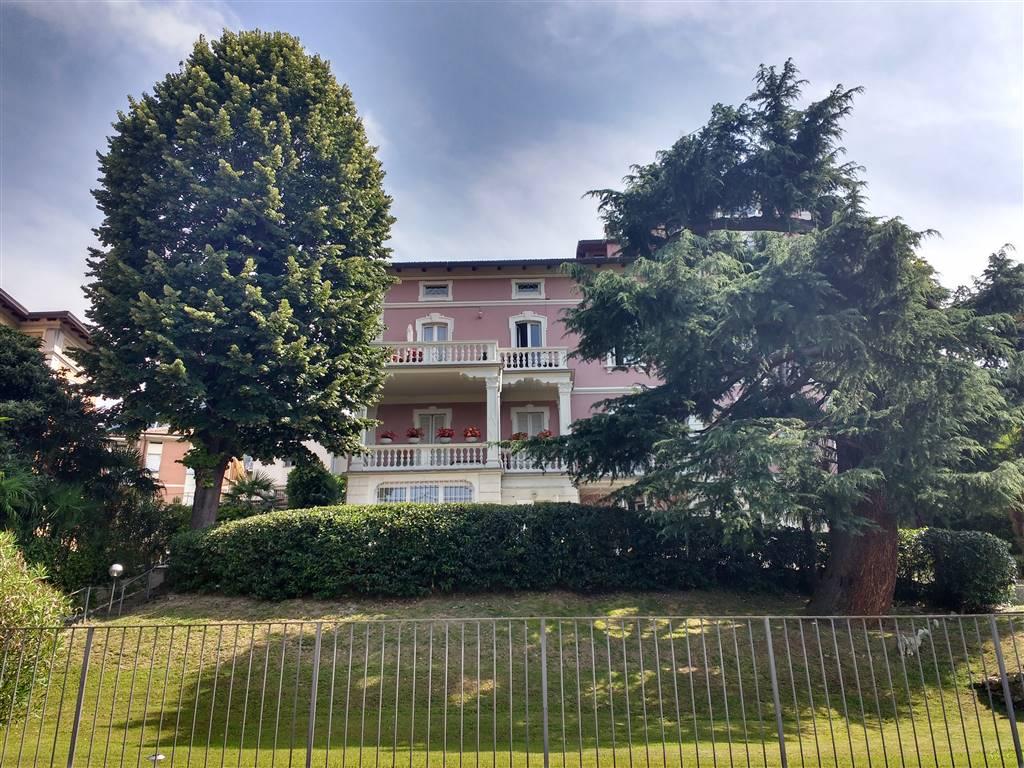 Appartamento in affitto a Calolziocorte, 3 locali, zona Zona: Calolzio centro, prezzo € 550 | Cambio Casa.it