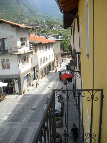 Appartamento in vendita a Chatillon, 5 locali, prezzo € 198.000 | CambioCasa.it