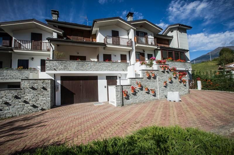 Villa in affitto a Gignod, 7 locali, prezzo € 750 | Cambio Casa.it