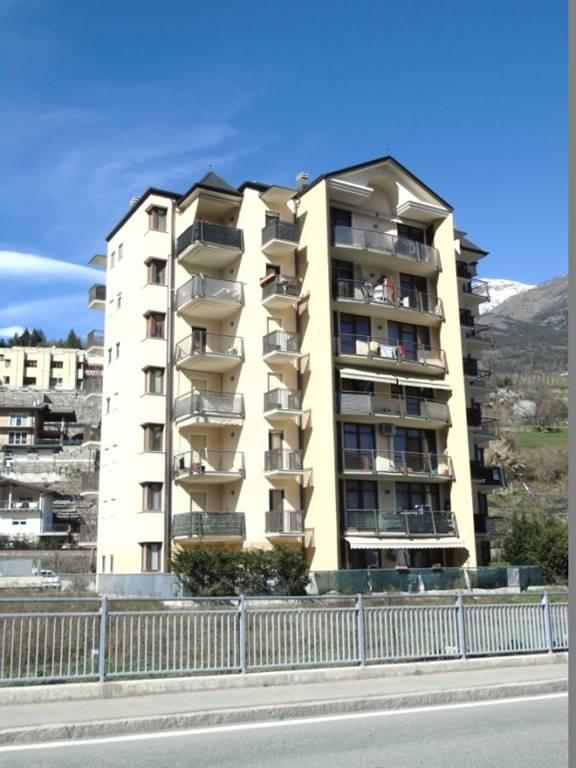 Appartamento in affitto a Aosta, 2 locali, prezzo € 450 | Cambio Casa.it
