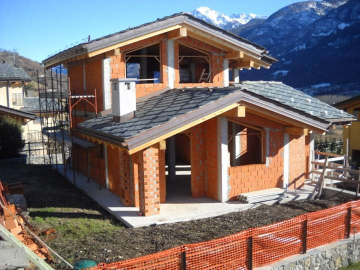 Villa in vendita a Quart, 5 locali, prezzo € 490.000 | Cambio Casa.it
