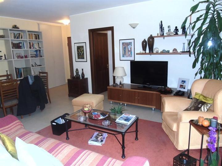 Appartamento in vendita a Aosta, 5 locali, prezzo € 298.000 | Cambio Casa.it