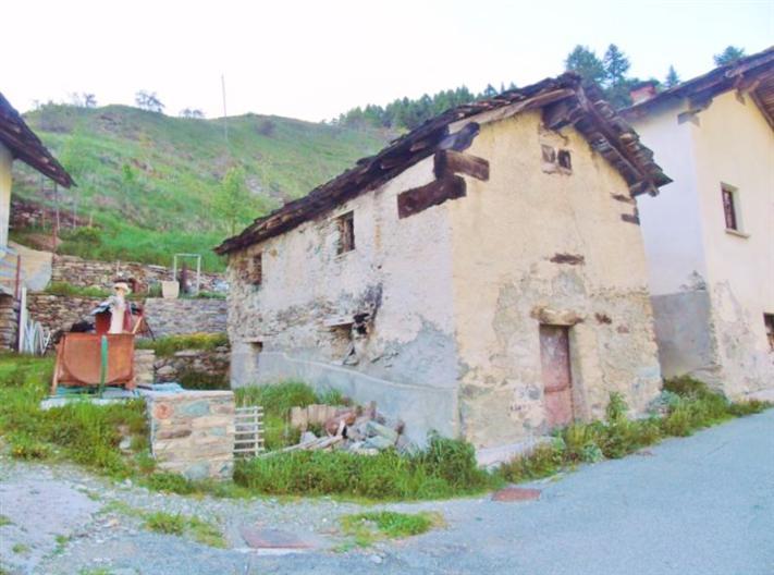 Rustico / Casale in vendita a Nus, 2 locali, zona Zona: Valle di Saint-Barthélemy, prezzo € 38.000 | Cambio Casa.it