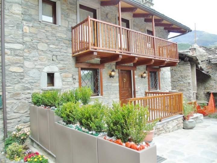 Villa in Vendita a Saint-Marcel