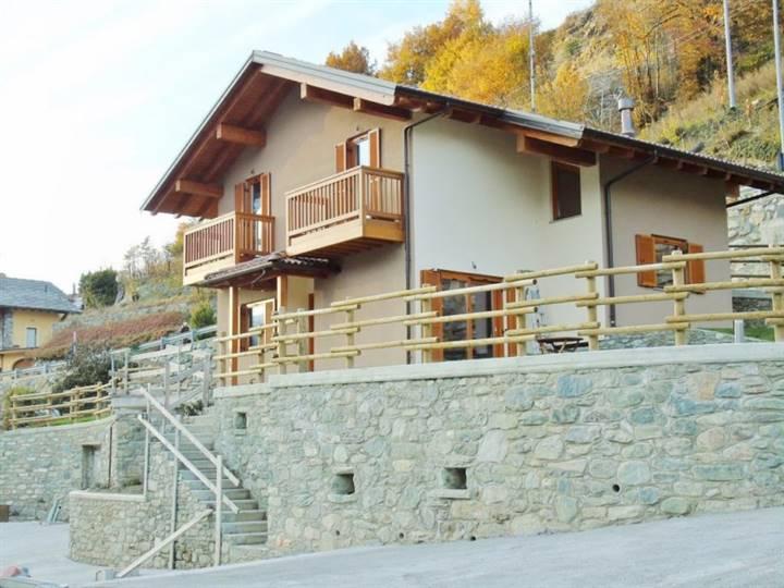 Villa in vendita a Quart, 5 locali, zona Zona: Villair, Trattative riservate | Cambio Casa.it