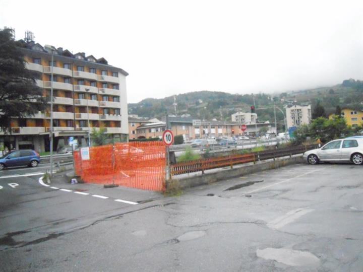 Box / Garage in vendita a Aosta, 1 locali, prezzo € 144.000 | Cambio Casa.it
