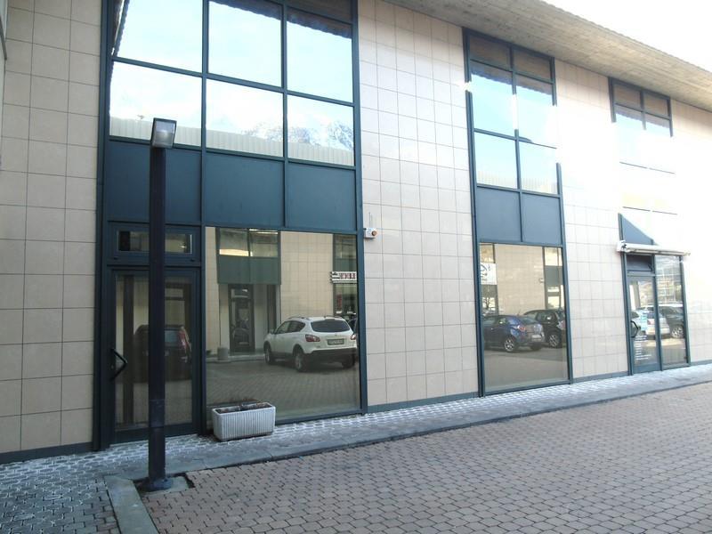 Immobile Commerciale in affitto a Saint-Christophe, 1 locali, prezzo € 1.000 | Cambio Casa.it