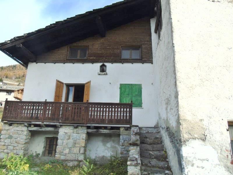 Rustico / Casale in vendita a Aymavilles, 5 locali, zona Località: OZEIN, prezzo € 150.000 | Cambio Casa.it