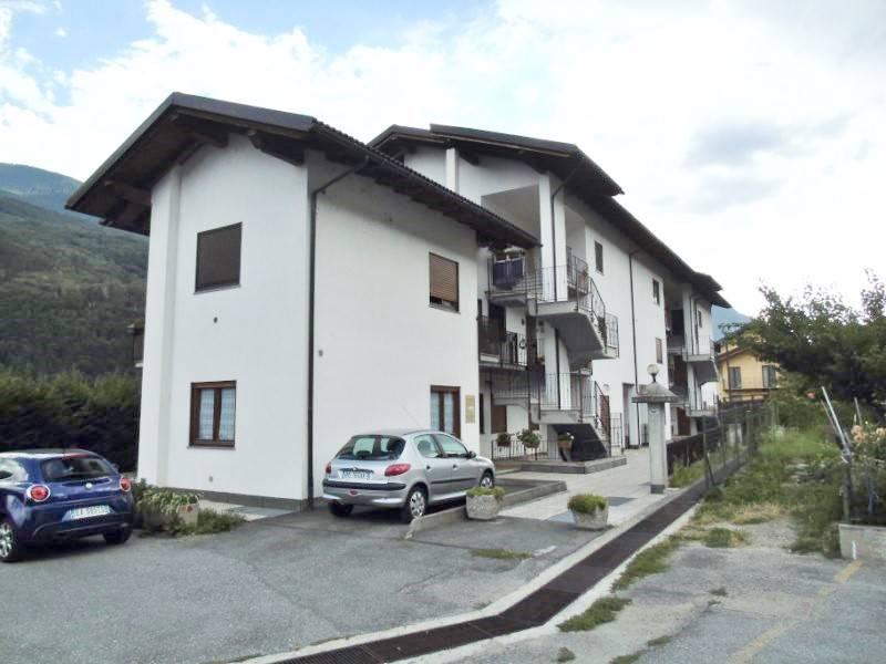 Appartamento in vendita a Nus, 3 locali, prezzo € 178.000 | Cambio Casa.it