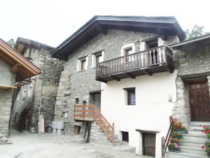 Soluzione Indipendente in vendita a Doues, 6 locali, zona Località: MEYLAN, prezzo € 290.000 | Cambio Casa.it