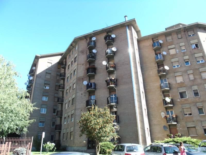 Appartamento in affitto a Aosta, 3 locali, zona Zona: Centro, prezzo € 450 | Cambio Casa.it