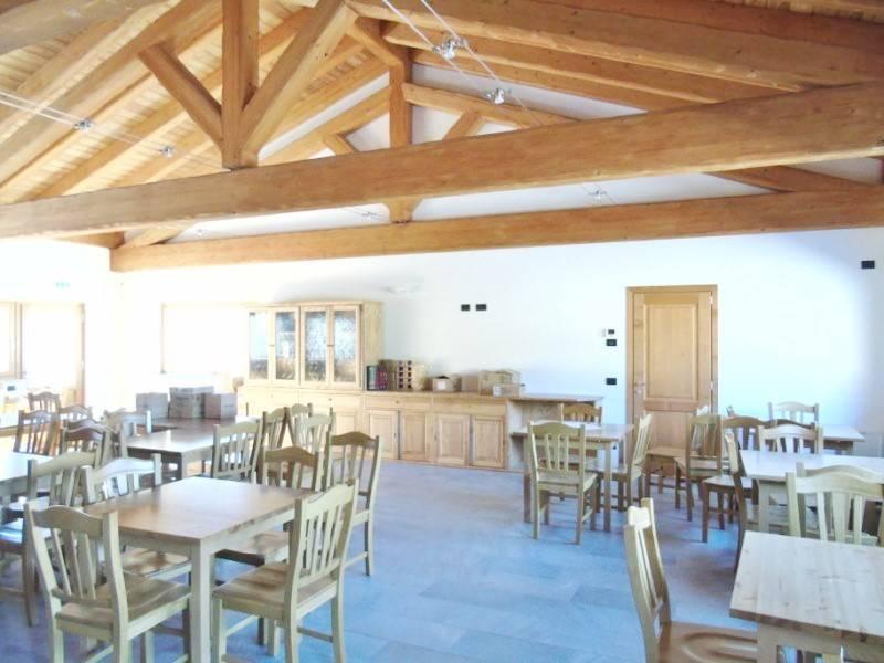 Ristorante / Pizzeria / Trattoria in affitto a Quart, 9999 locali, prezzo € 6.000 | Cambio Casa.it