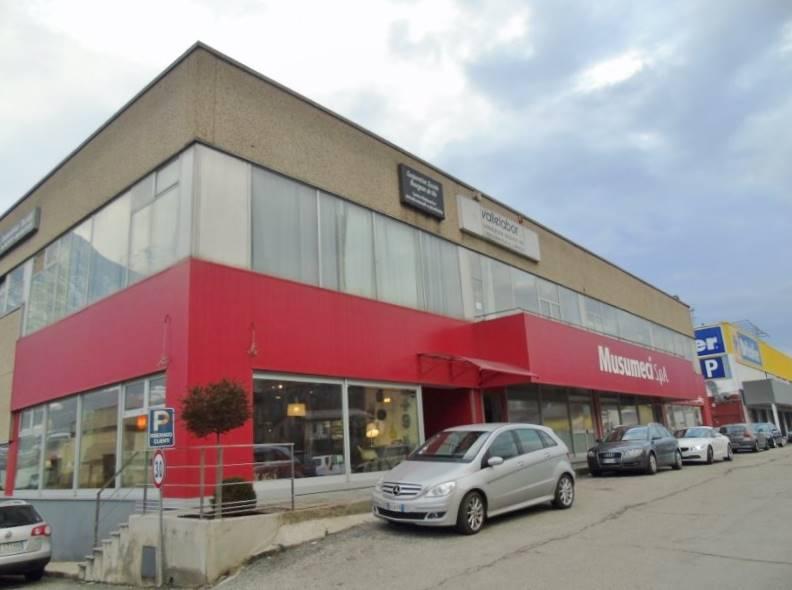 Immobile Commerciale in vendita a Quart, 7 locali, zona Zona: Villair, prezzo € 230.000 | Cambio Casa.it
