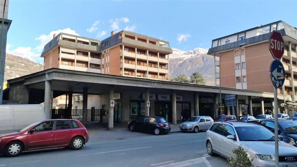 Box / Garage in vendita a Aosta, 1 locali, zona Zona: Centro, prezzo € 18.000 | Cambio Casa.it