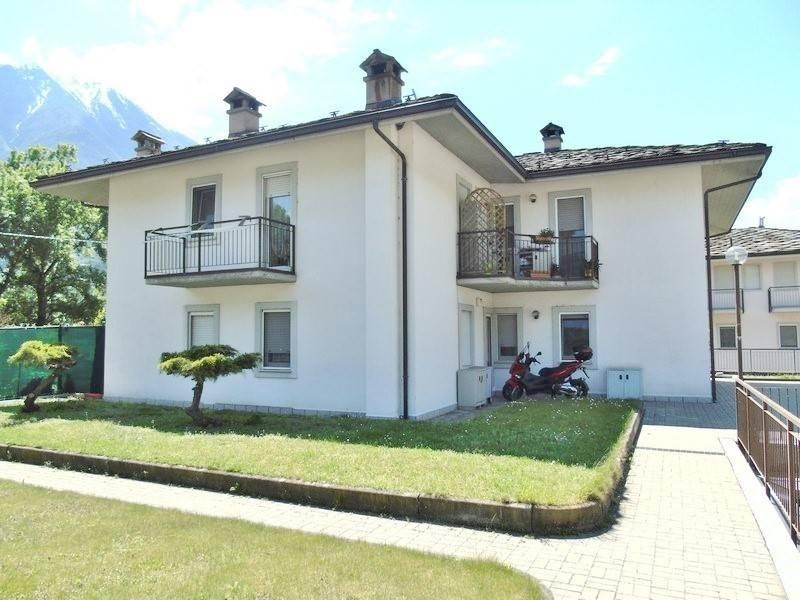 Appartamento in vendita a Quart, 3 locali, zona Zona: Villefranche (capoluogo), prezzo € 138.000 | CambioCasa.it