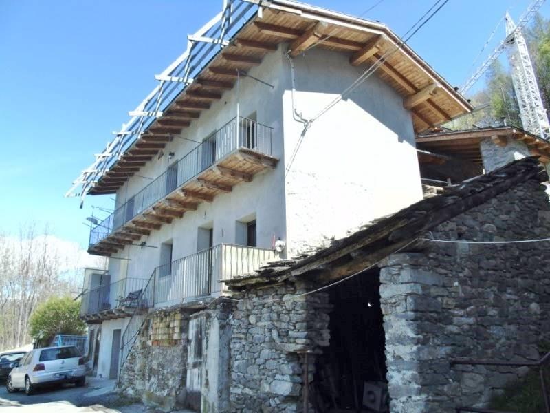 Appartamento in Vendita a Saint-Marcel