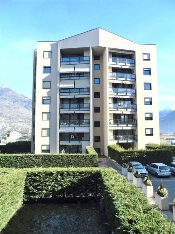 Appartamento in affitto a Aosta, 1 locali, zona Zona: Semicentro, prezzo € 480 | Cambio Casa.it
