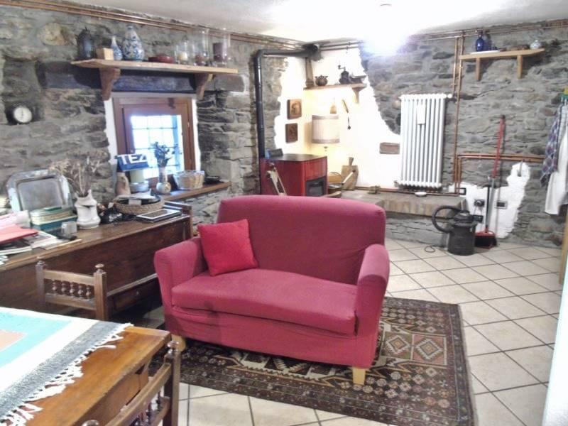 Appartamento in vendita a Saint-Rhemy-En-Bosses, 2 locali, zona Località: SAINT RHEMY, prezzo € 92.000 | CambioCasa.it