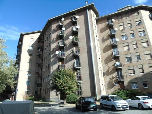 Appartamento in affitto a Aosta, 2 locali, zona Zona: Centro, prezzo € 390 | CambioCasa.it