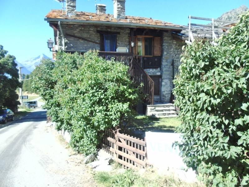 Soluzione Indipendente in affitto a Nus, 2 locali, prezzo € 300 | CambioCasa.it