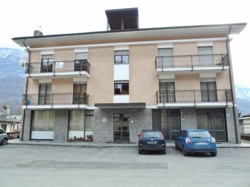 Appartamento in affitto a Quart, 3 locali, zona Zona: Villefranche (capoluogo), prezzo € 400 | CambioCasa.it