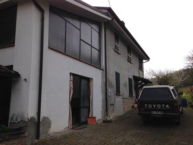 Rustico / Casale in vendita a Ponte dell'Olio, 5 locali, zona Zona: Zaffignano, prezzo € 205.000 | Cambio Casa.it