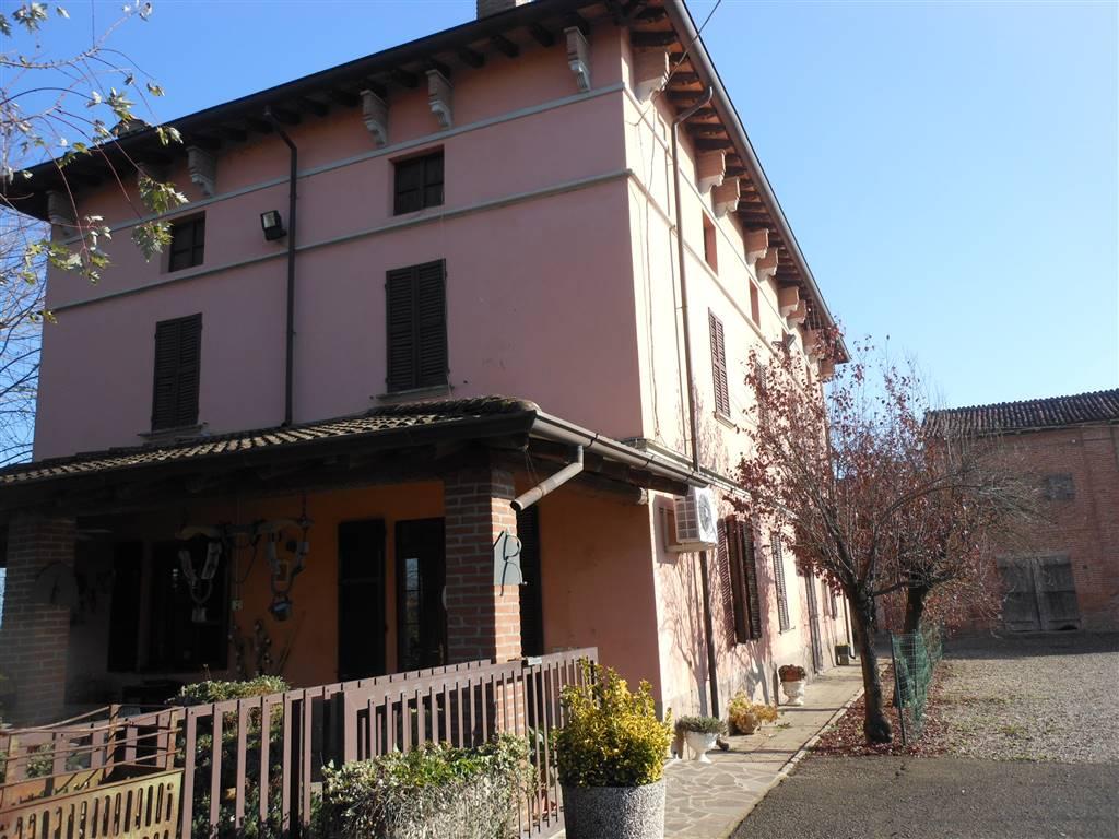 Rustico / Casale in vendita a San Giorgio Piacentino, 20 locali, zona Località: SAN GIORGIO, prezzo € 505.000 | Cambio Casa.it