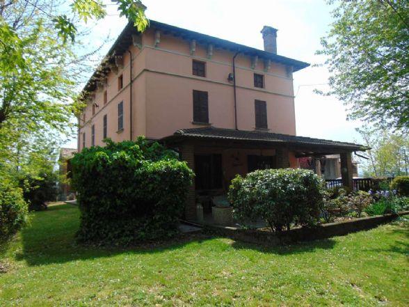 Rustico / Casale in vendita a San Giorgio Piacentino, 10 locali, zona Località: SAN GIORGIO, prezzo € 280.000 | Cambio Casa.it