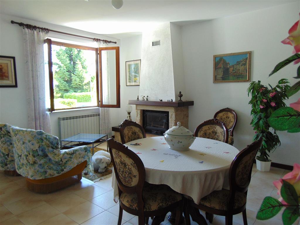 Villa in vendita a Rivergaro, 5 locali, zona Zona: Fabiano, prezzo € 245.000   Cambio Casa.it