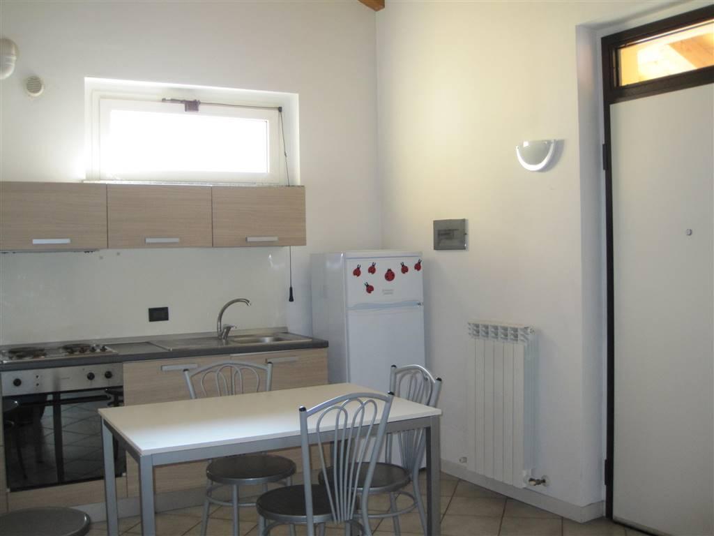 Soluzione Indipendente in affitto a Piacenza, 2 locali, zona Località: OSPEDALE, prezzo € 380 | Cambio Casa.it