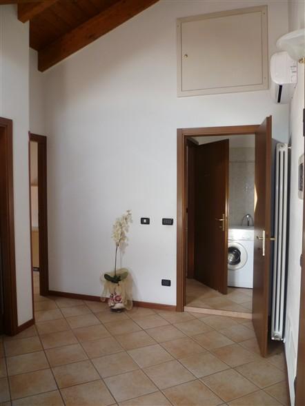 Appartamento in vendita a Luzzara, 3 locali, prezzo € 63.000 | Cambio Casa.it